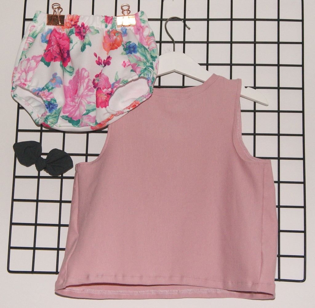 Girls pink bloomer and vest set