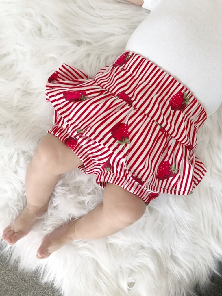 Ruffle Bloomers and Hair bow set- Strawberry