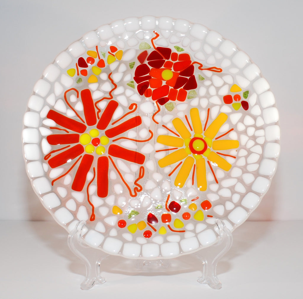 10 inch fused glas daisy plate, red, orange, yellow and white