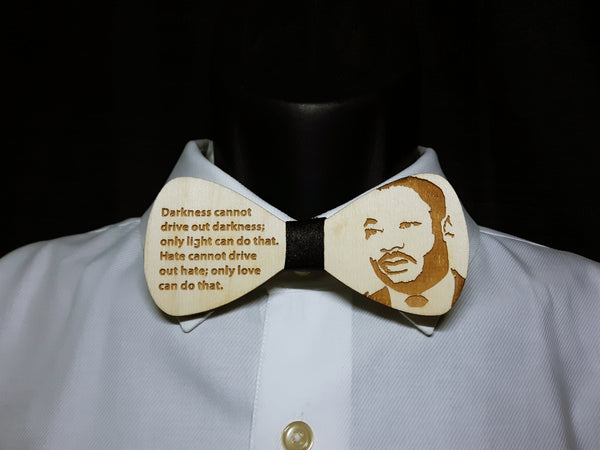 Dr. King Wood Bowtie