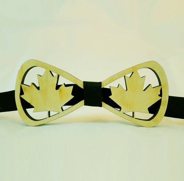 Maple Leaf Wood Bowtie