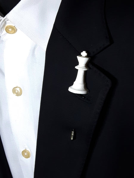 Chess King Silhouette 3D Lapel