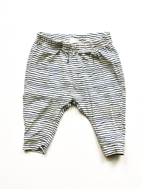 Zara bottoms 6-9m