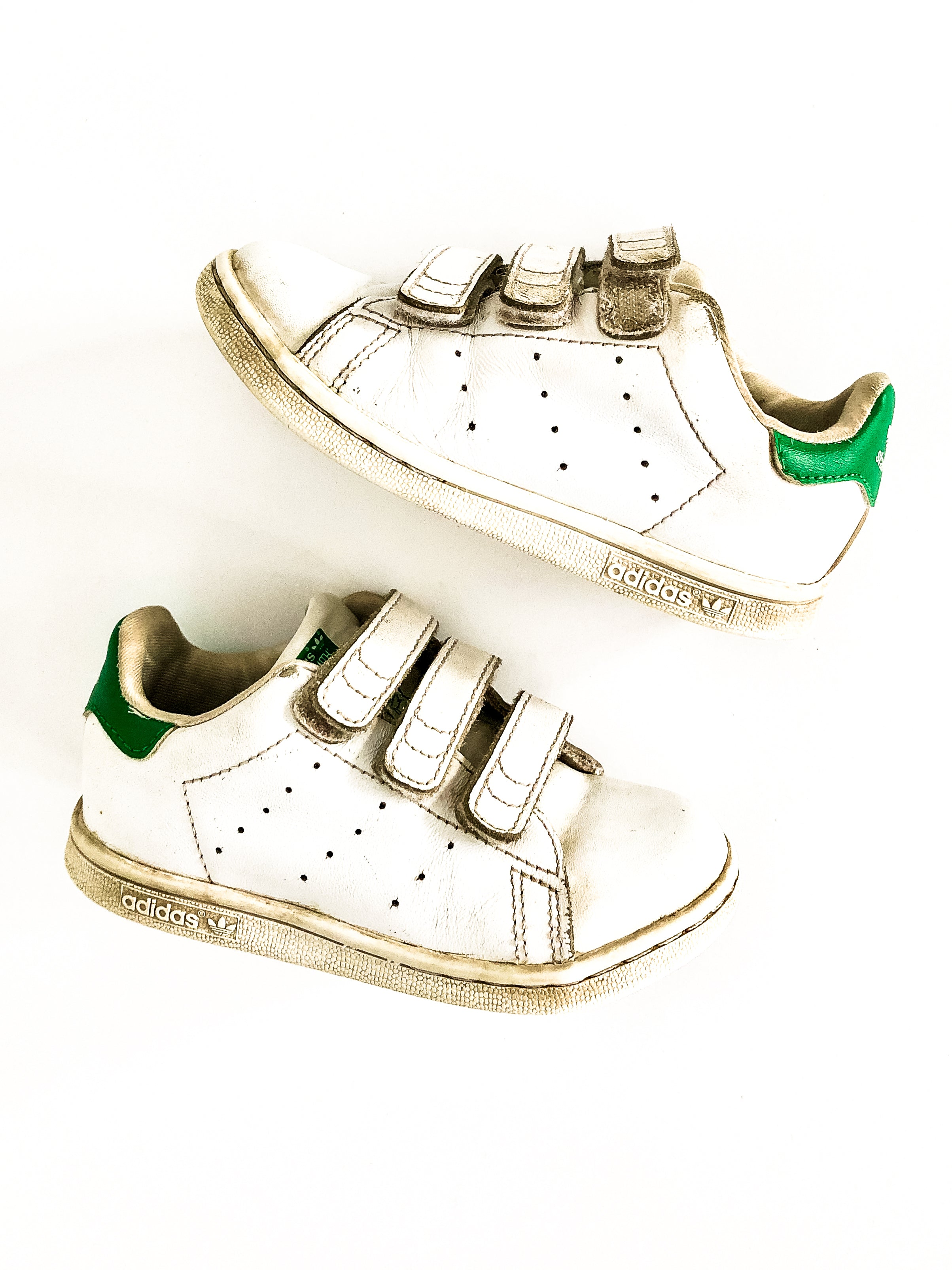 Gladys barril Artesano  Adidas Stan Smith sneakers size 9 – Fresh Kids Inc.