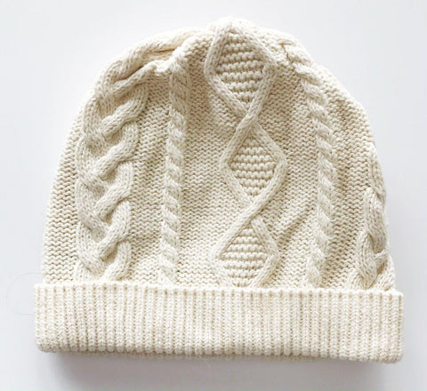 Baby Gap cable knit hat sz 12-24m