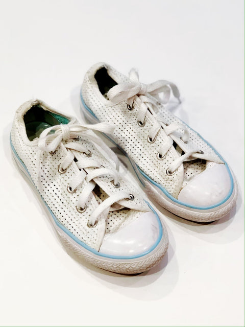 Converse shoes size 1 youth