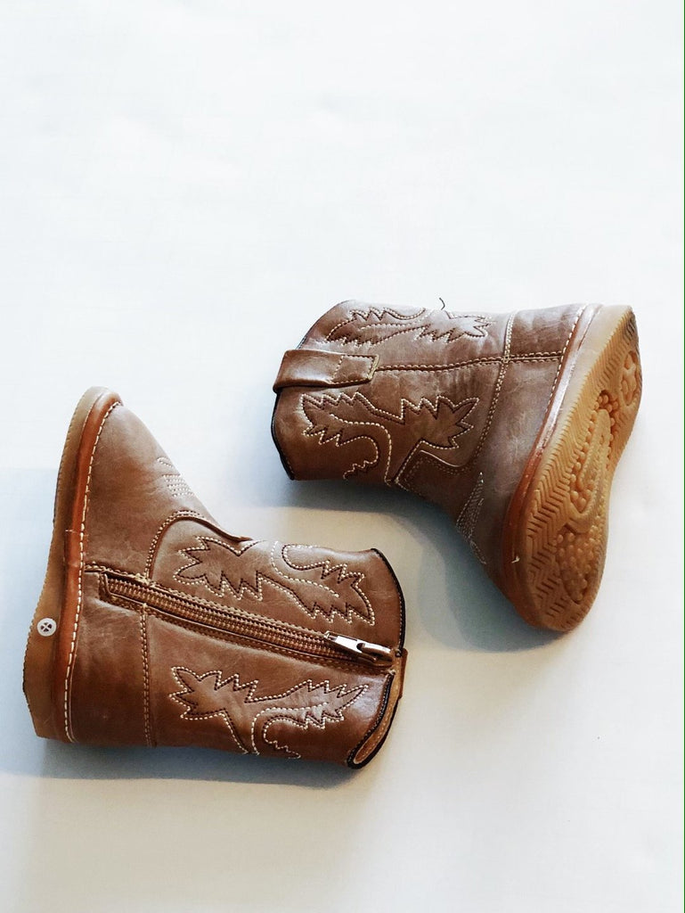 Cowboy boots - squeaker - zip up toddler size 4-Fresh Kids Inc.