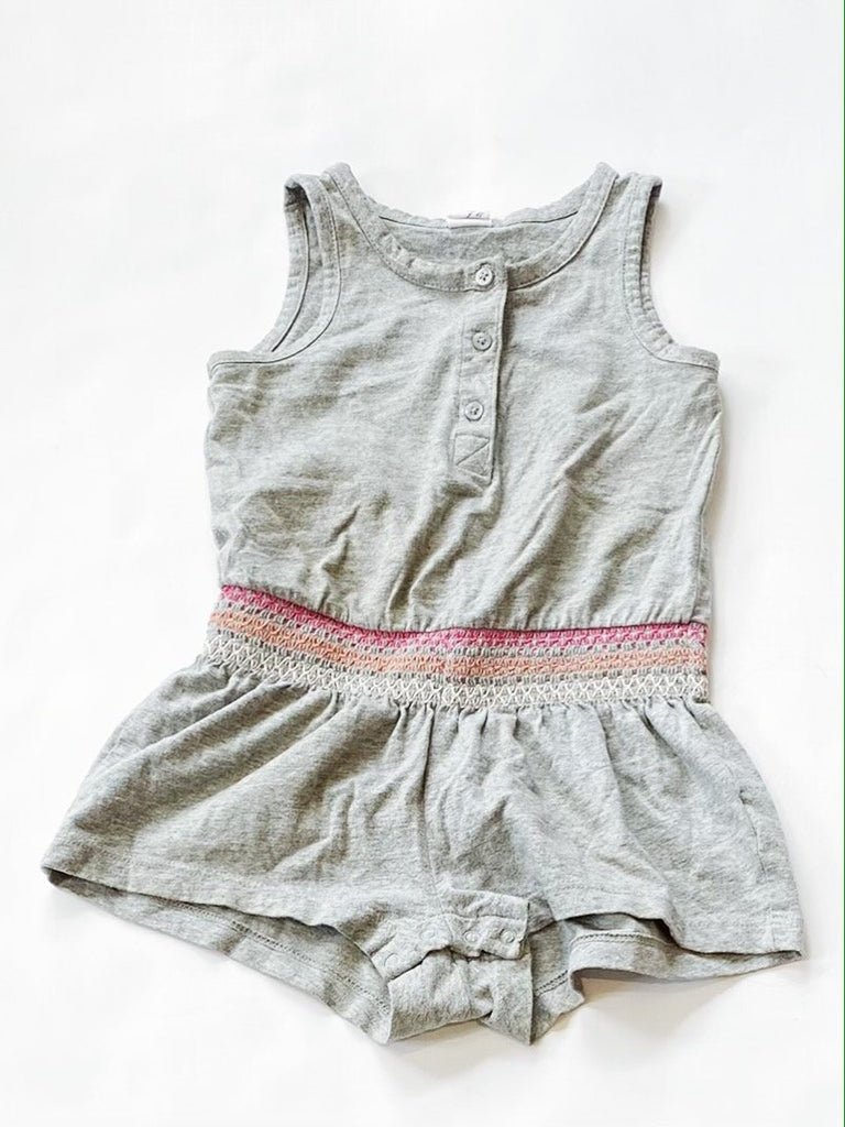 Gap romper size 2-Fresh Kids Inc.