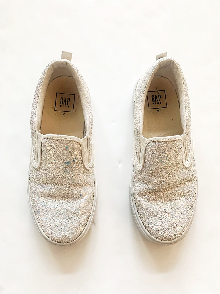 Gap shoes size 2Y-Fresh Kids Inc.