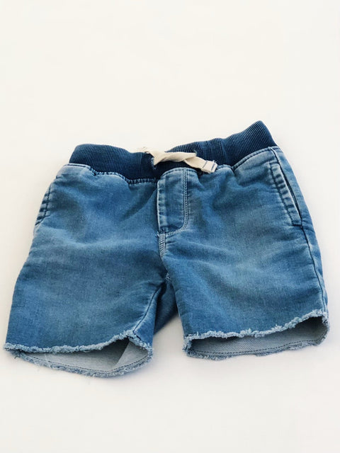 Gap shorts denim cut-off size 2-Fresh Kids Inc.