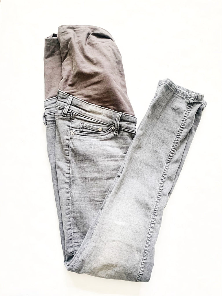 H&M maternity jeans size 8-Fresh Kids Inc.