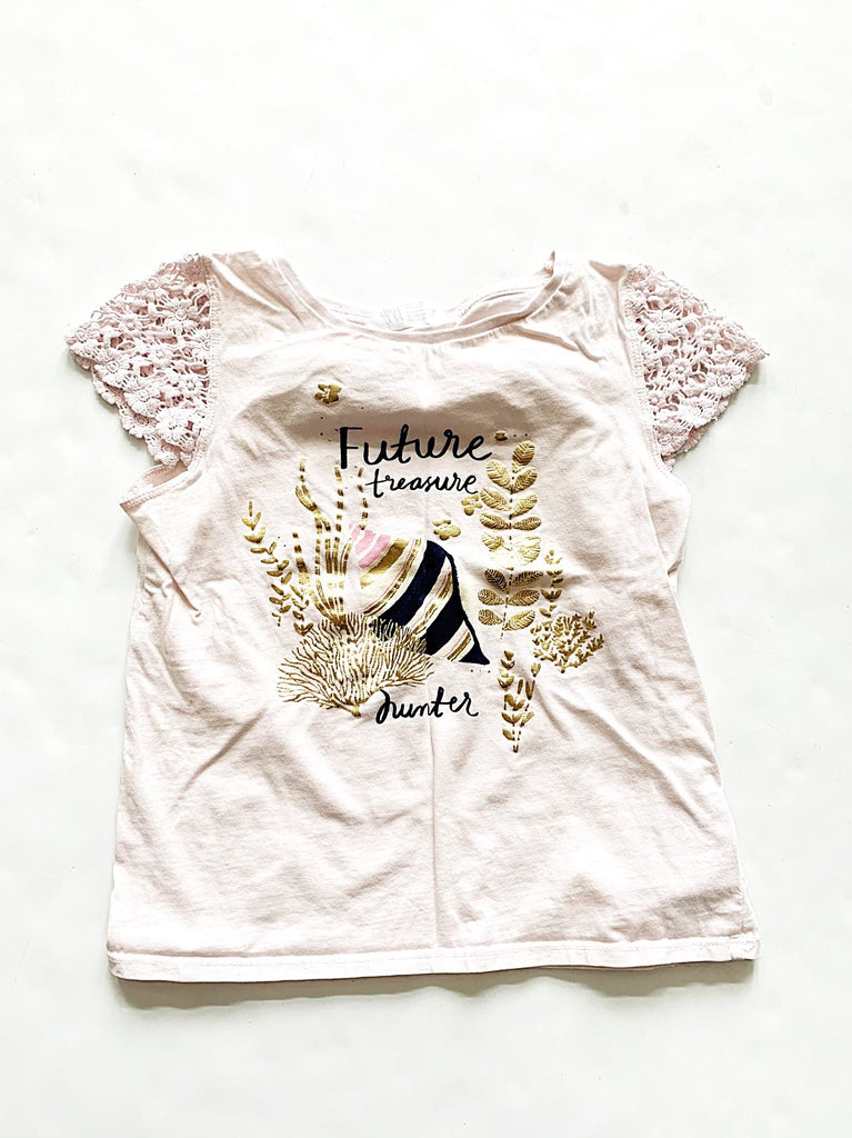 H&M top size 6-8-Fresh Kids Inc.