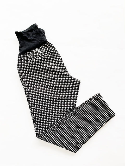Houndstooth maternity pants size 0
