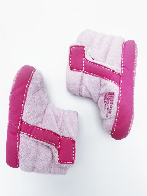 North Face fleece booties 18-24m (fits like a 12m)