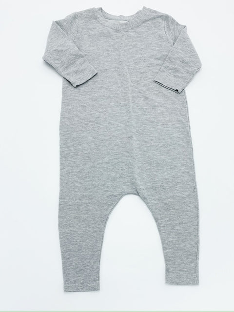 Wylo & Co romper 18-24m