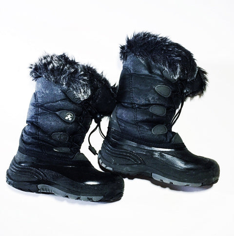 Kamik boots size youth 2