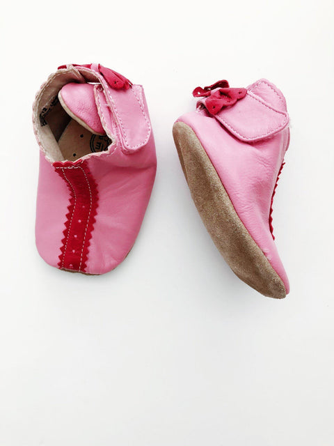 Livie and Luca shoes 0-6m