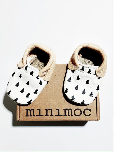 Minimoc in Forest size 2 (3-6m) BRAND NEW