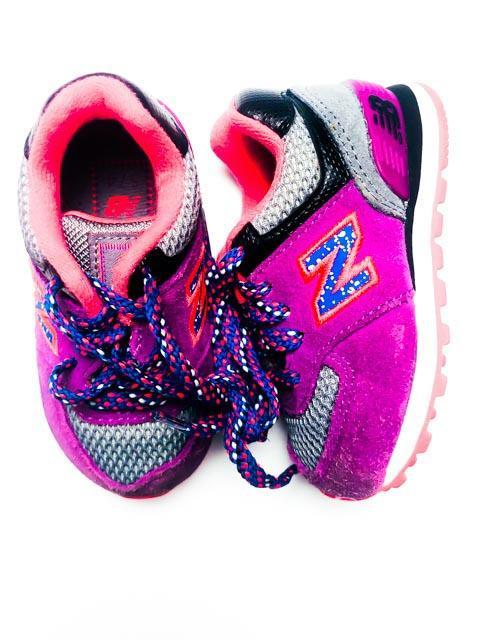New Balance runners size 4-Fresh Kids Inc.