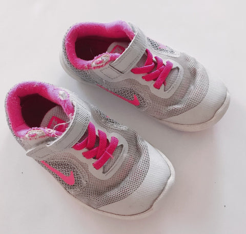 Nike white with pink trim sneakers T 10-Fresh Kids Inc.