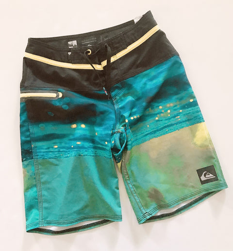 Quicksilver board shorts 24 inches-Fresh Kids Inc.