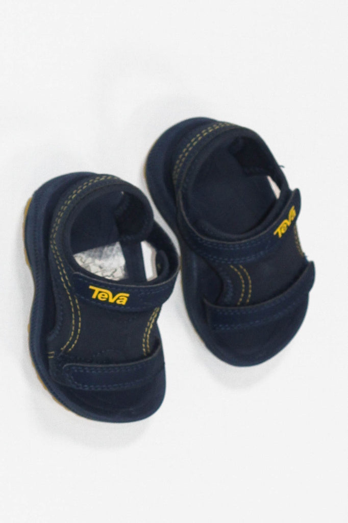 Teva sandals size 4-Fresh Kids Inc.