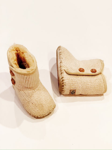 Ugg booties knit & Sherpa lined size 2-3