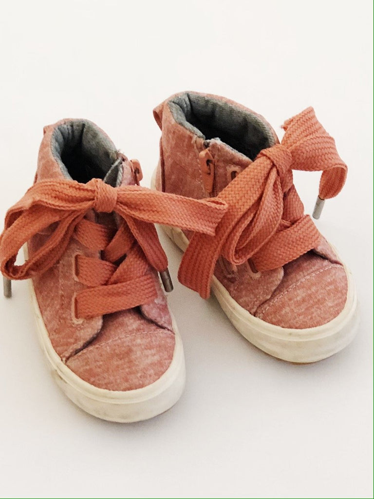 Zara high tops zip-up size 4 (EU 20)-Fresh Kids Inc.