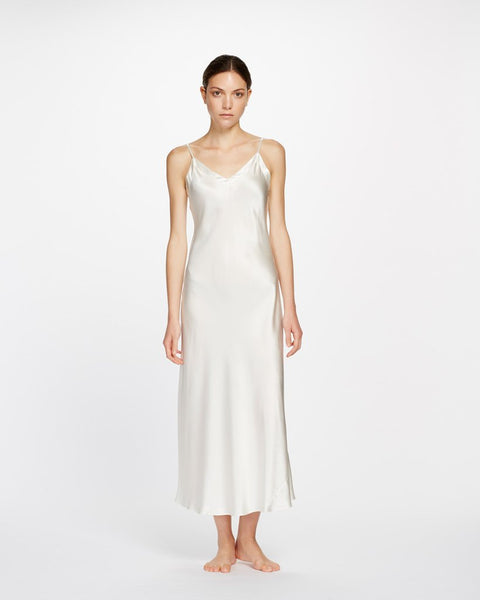 Ginia Silk Nite V Neck Long in Creme