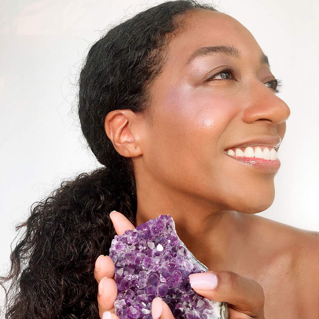 Amethyst Luminizer contains crushed Amethyst crystal powder and is great for all skin types and tones.