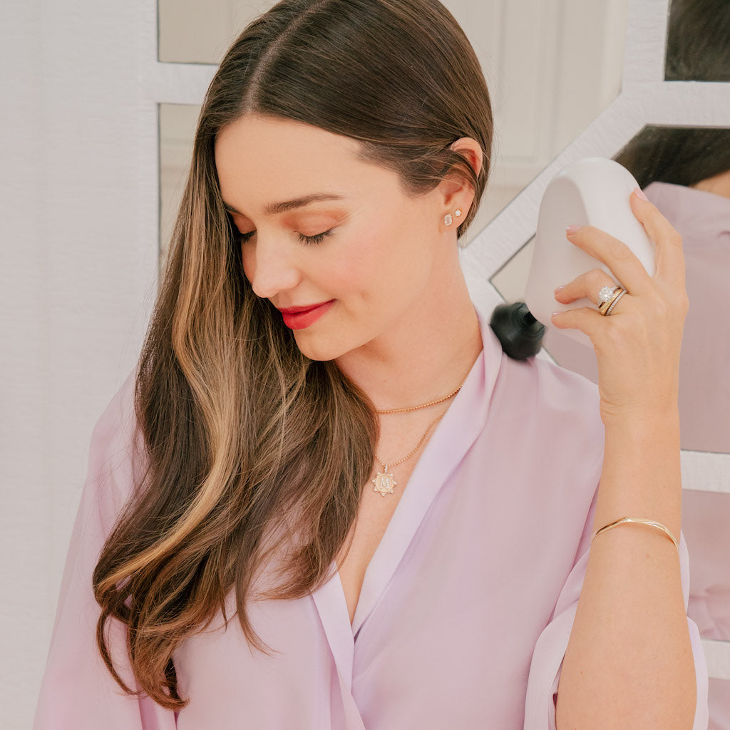 """This Theragun Mini is a lifesaver! It's small enough to keep in my handbag and powerful enough to release deep tension. Such a great investment in your health."" – Miranda Kerr"