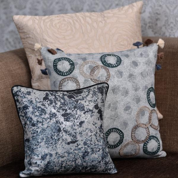 The Cushion Project Set of 3 pcs Class/ Grey Cushion Cover
