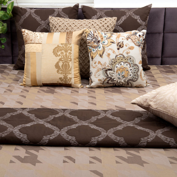 Patterned Houndstooth Embroidered Designer Bed Cover/Onset Designs