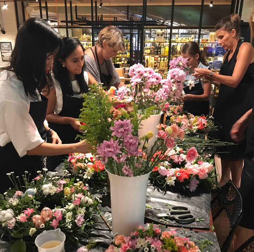To Be Calm Fragrances: Flowers and Candle Making Workshops