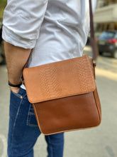 The Harvey Sling bag for Men (Tan)