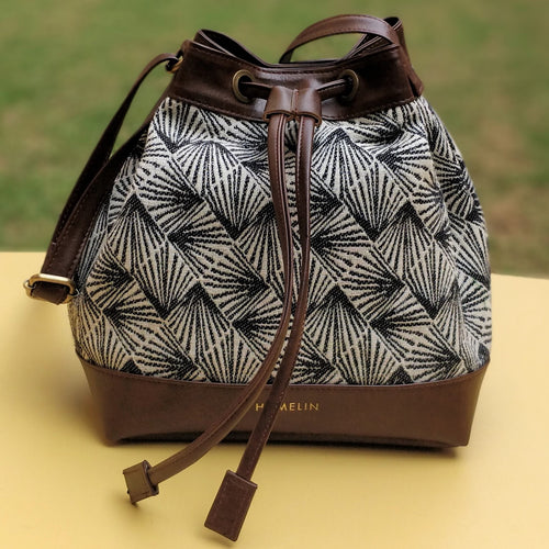 The Bucket Bag - White Pine