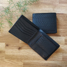 Classic RFID Vegan Wallet for Men with Coin Pocket (Black Croc)