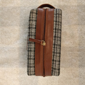 Tweed DOPP Kit for Men (Anchor Check Twill)