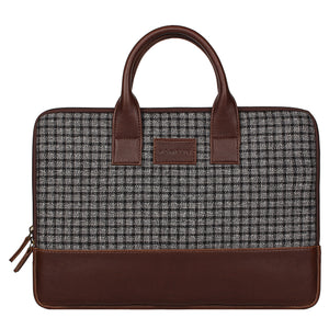 Elon Laptop Sleeve - Black checked