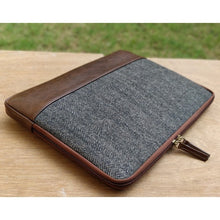 Matt Laptop Sleeve - Gray Herringbone