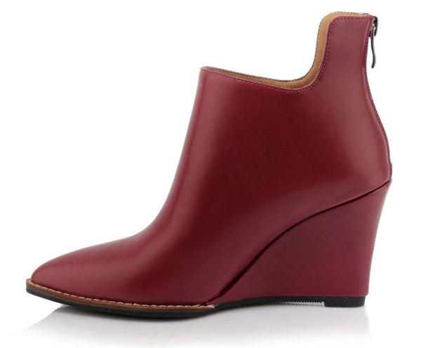 Pointy Zip-up Leather Wedge Booties