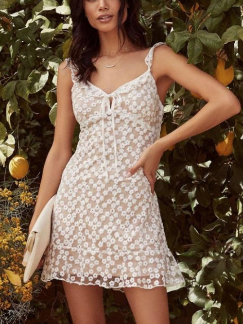 Embroidery Fleur Mini Dress