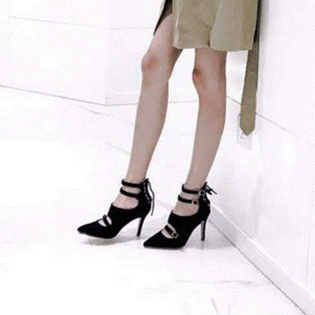 Big Bow Tie Pointy Pumps