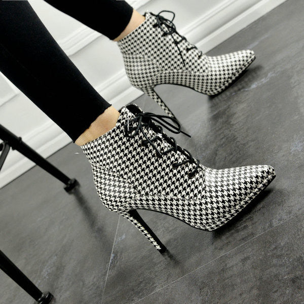 Pointy Lace-up Booties