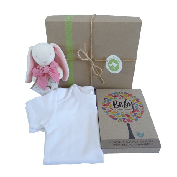 Busy Little Birds - Gift boxes for newborn babies and house warmings
