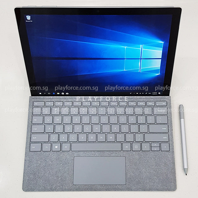 Surface Pro 2017 (i5-7300, 256GB SSD, 12-inch Touch Display)