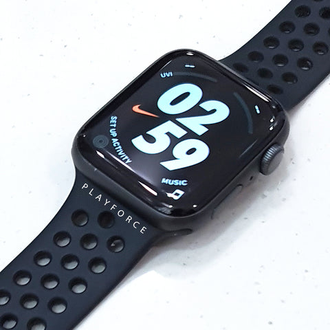 Apple Watch Series 4 44mm (GPS, Nike)