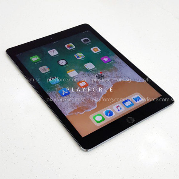 iPad Pro 9.7 (128GB, WiFi, Space Grey)