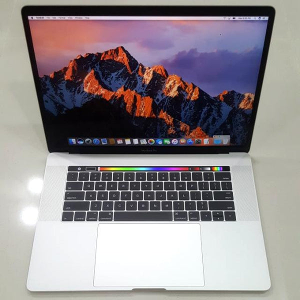 Apple Macbook Pro, Late 2016, Touch Bar Touch ID, 256GB, 15-Inch Retina