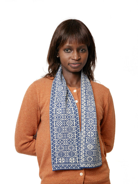 Family 8) - 2-colour Vertical Design Scarf - Mini -886 - BAKKA